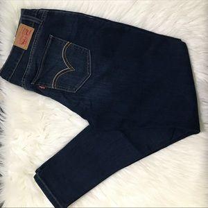 Levi's 535 Jeans